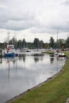 Przystań jachtowa i rybacka