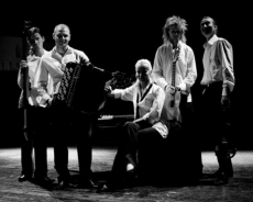 For Alice – Marcin Wyrostek z zespołem Tango Corazon i orkiestrą AUKSO