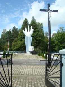Pomnik Komorniki
