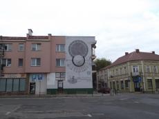 Zegar słoneczny na rynku we Włodawie