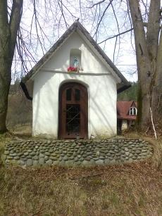 Kapliczka w Czarnej Wodzie